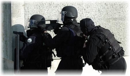 entrainement-raid, airsoft, paintball, milsim, militaire, colonne, assaut, cqb, closequarter, battle, battlezone, combat urbain, formation